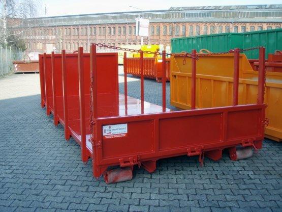 broll-Container-Plattform mit seitlichen Steckrungen, sowie abklapp- und demontierbarer Heckklappe
