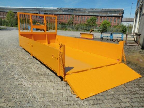 Abroll-Container-Kippaufbau mit seitlichen, lackierten Aluminium-Bordwänden