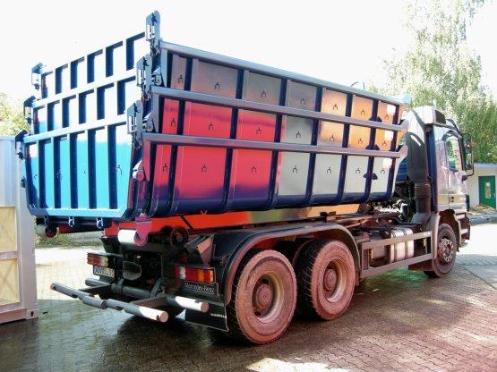 Stapelcontainer 107 ° mit Entleerungsklappe