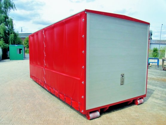 Feuerwehr-Abroll-Container mit Seitenplanen und heckseitiger Aluminiumklappe